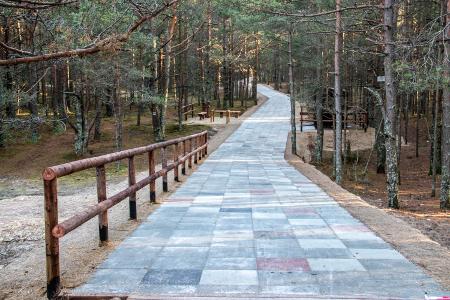 Promenade_gatava-1585_450
