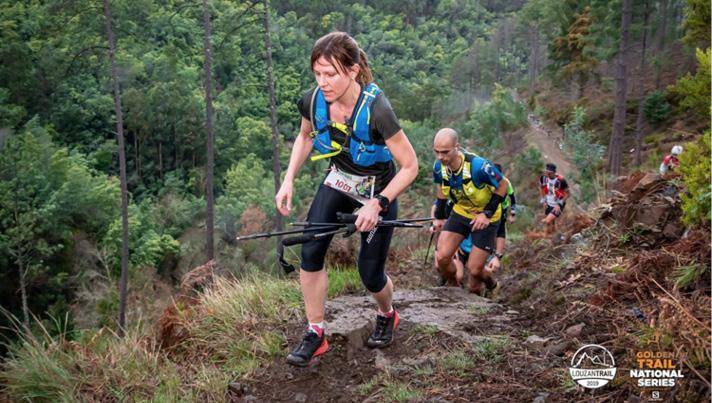"""Irita Puķīte Portugālē """"Louzantrail"""" 44 kilometru sacensībās ar 3000 augstuma metriem izcīna 4. vietu."""